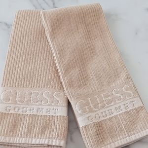 🆕  Beige Guess Gourmet Kitchen Towel Set o…